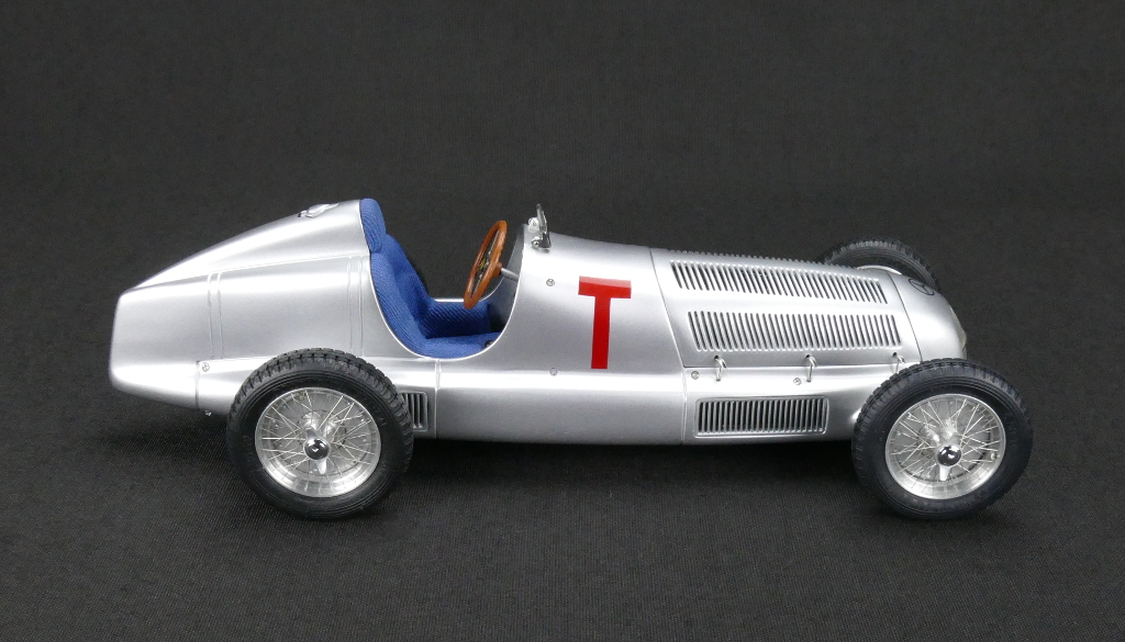 Mercedes-Benz W25 T-Car